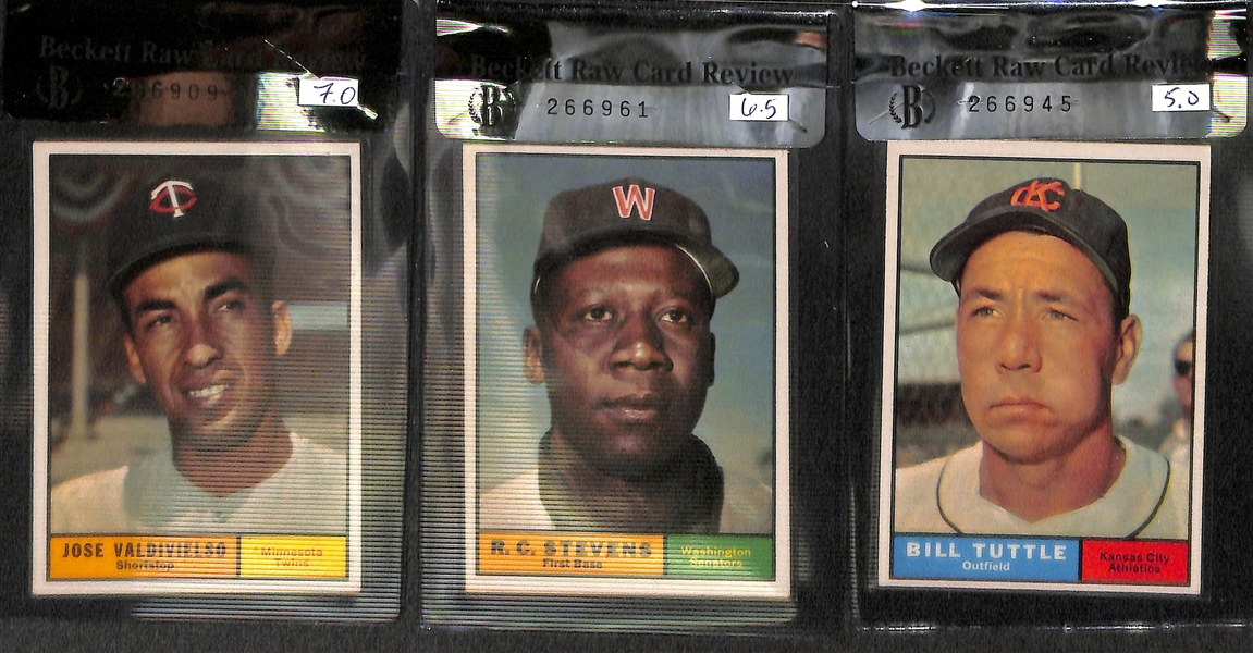 Lot of 7 - 1961 Graded High Number Topps Baseball Cards w. Roger Craig BVG 7.5