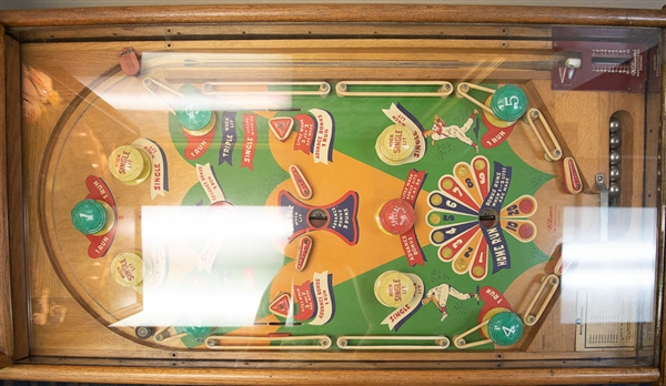 1948 Williams Co. Baseball Themed Pinball Machine - In Original Working Condition